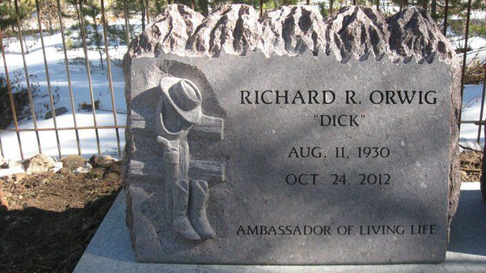 custom engraved headstone for Richard