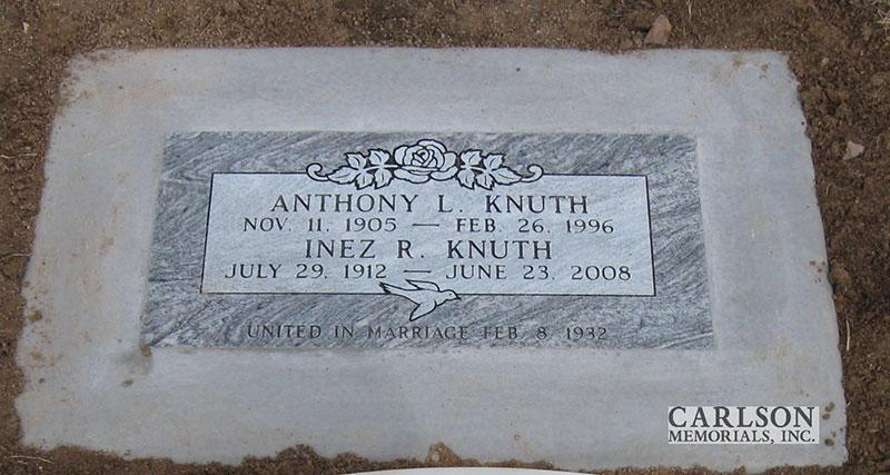 GM125: Silver Cloud custom designed flat marker for the Knuth family