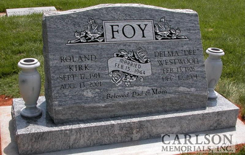 S054: Gray Cloud Custom Designed Slant Headstone for the Foy Family